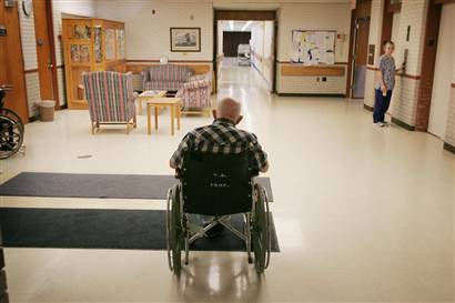 11/19/10 NY Nursing Home Infested With Bedbugs: State Health Dept  Investigating Avalon Gardens In Smithtown
